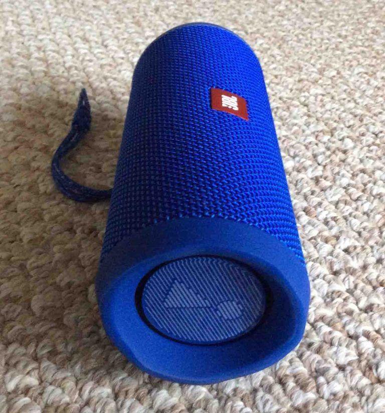 Jbl Flip 4 Specs Specifications For This Speaker Tom S Tek Stop Waterproof Speaker Jbl Flip 4 Waterproof Toms