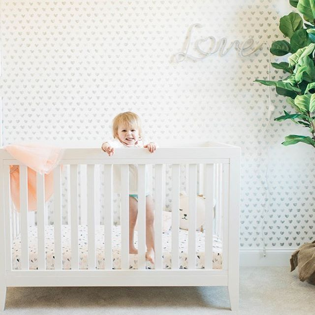 Loving the heart LOVE wallpaper as featured in our very own @megbasinger's nursery. It's available in five colors in the Project Nursery Shop.