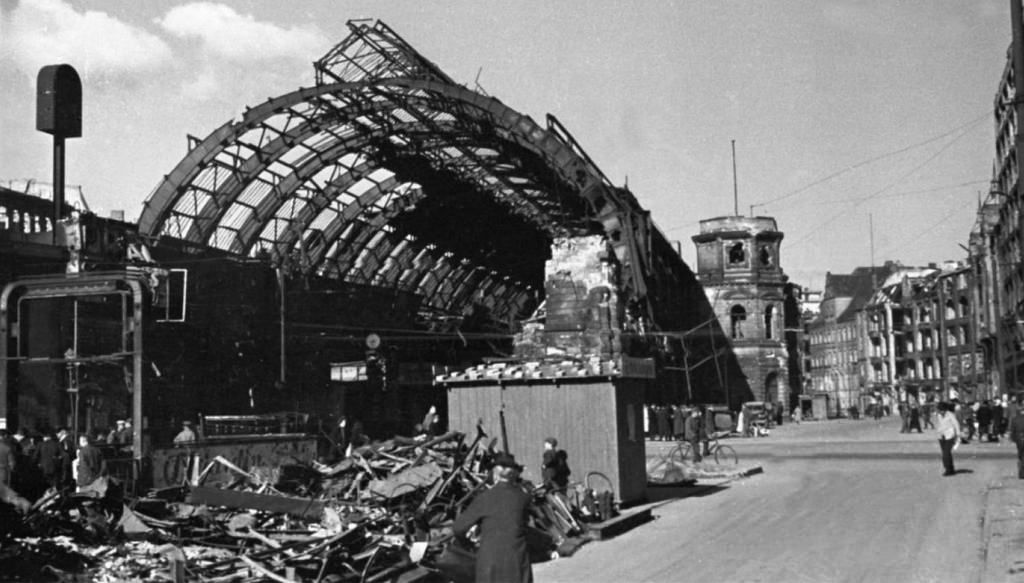 Pin On Berlin Germany 1945