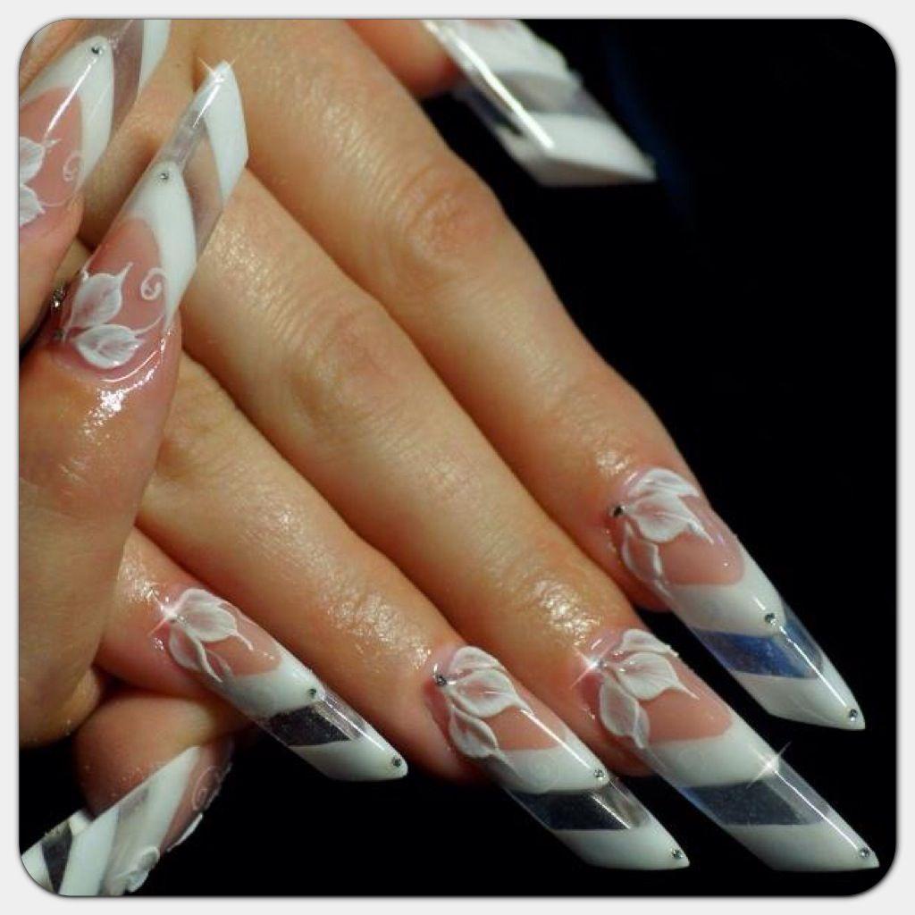 Espectaculares uñas esculturales con flores en alto relieve | Uñas ...
