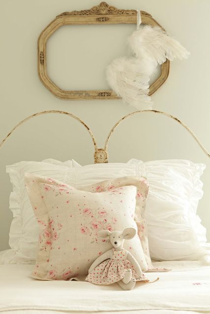 ooooh shabby chic starcreations pinterest decoraci n dormitorio ni a muebles y. Black Bedroom Furniture Sets. Home Design Ideas