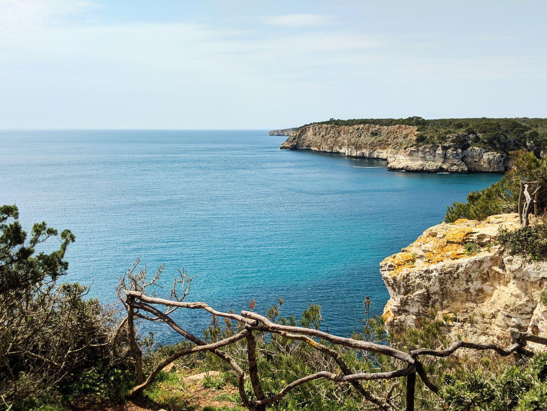 Mirador Al Mediterraneo En La Costa De Menorca Menorca Baleares Mediterraneo Mediterraneamente Summer Verano Holidays Vacacione Menorca Instagram Barco