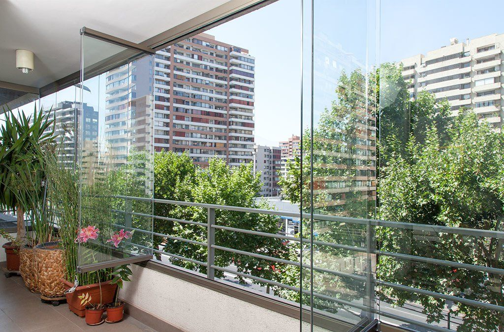 Sistema plegable para cierre de terrazas y balcones con antepecho mirador de cierre de - Cierres de terrazas ...