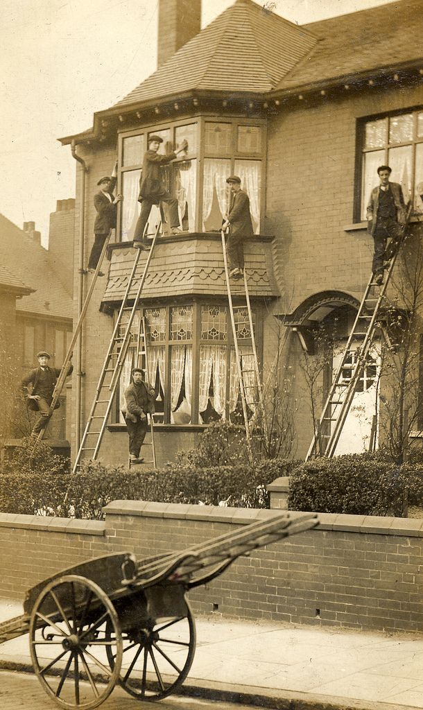 Vintage photo....The window cleaners.