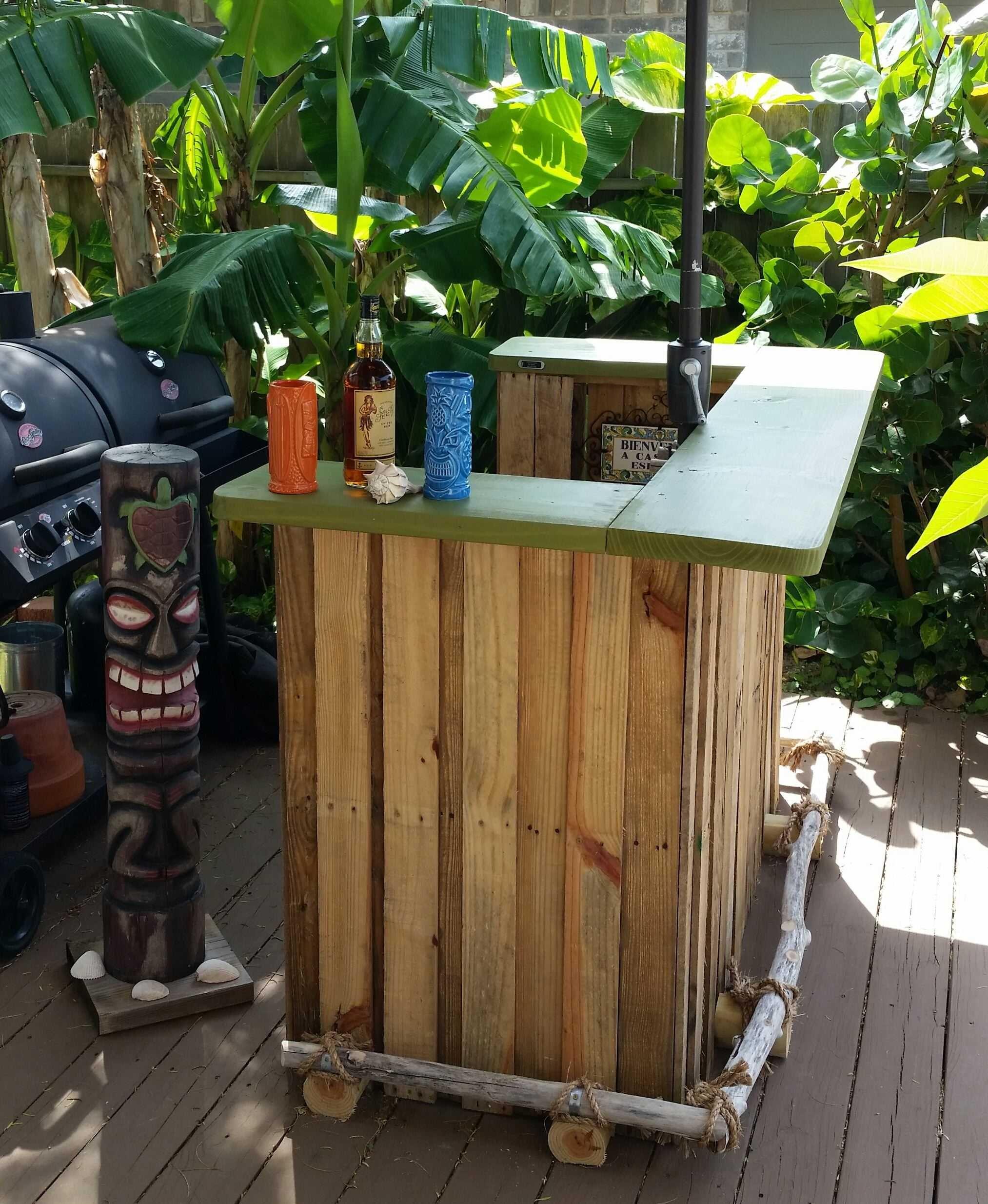 Backyard Bbq Tiki Bar   Pallet Re-purpose Projects   Pinterest