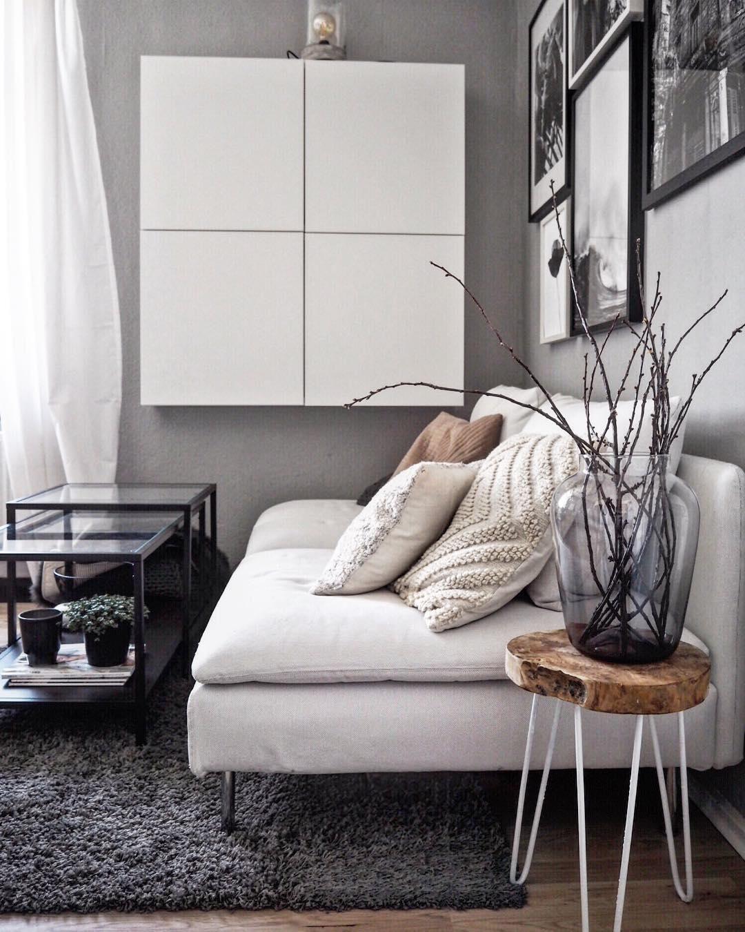 Teppich Cosy Glamour Wohnzimmer Grau Weiss Flauschige Kissen Und