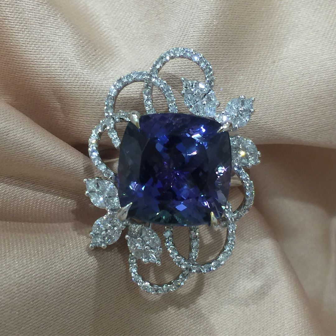 crown octogon jubilant tanz reduced hcj ct natural product tanzanite octagon real