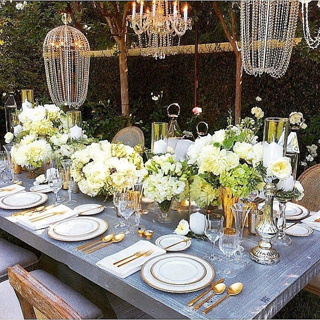 Beautiful #tablesccape | florals by #marksgarden
