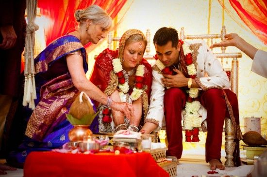 Multicultural Indian Wedding Washington Dc Meghan Lynn Photography 18 550x366 Colorful American In Baltimore