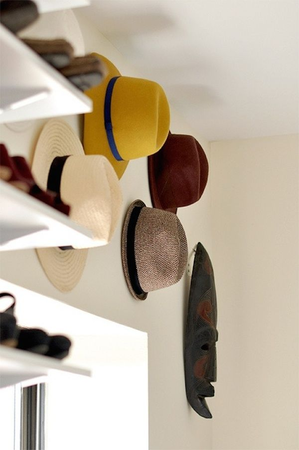 18 Hat Organizing Ideas For Summer // closet & wardrobe // above the window