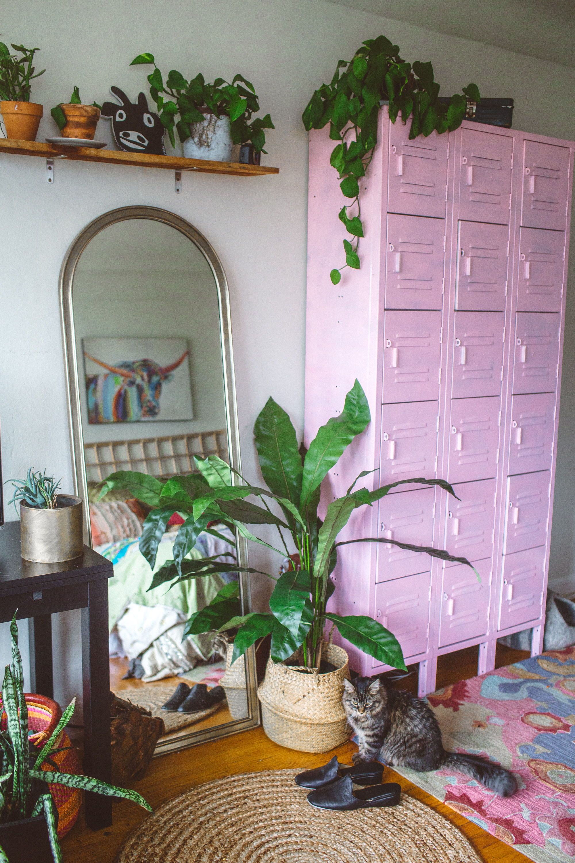 Tropical Home Decor Ideas That Ll Make Your Apartment Look Like Summer Home Decor Tropical Home Decor Decor