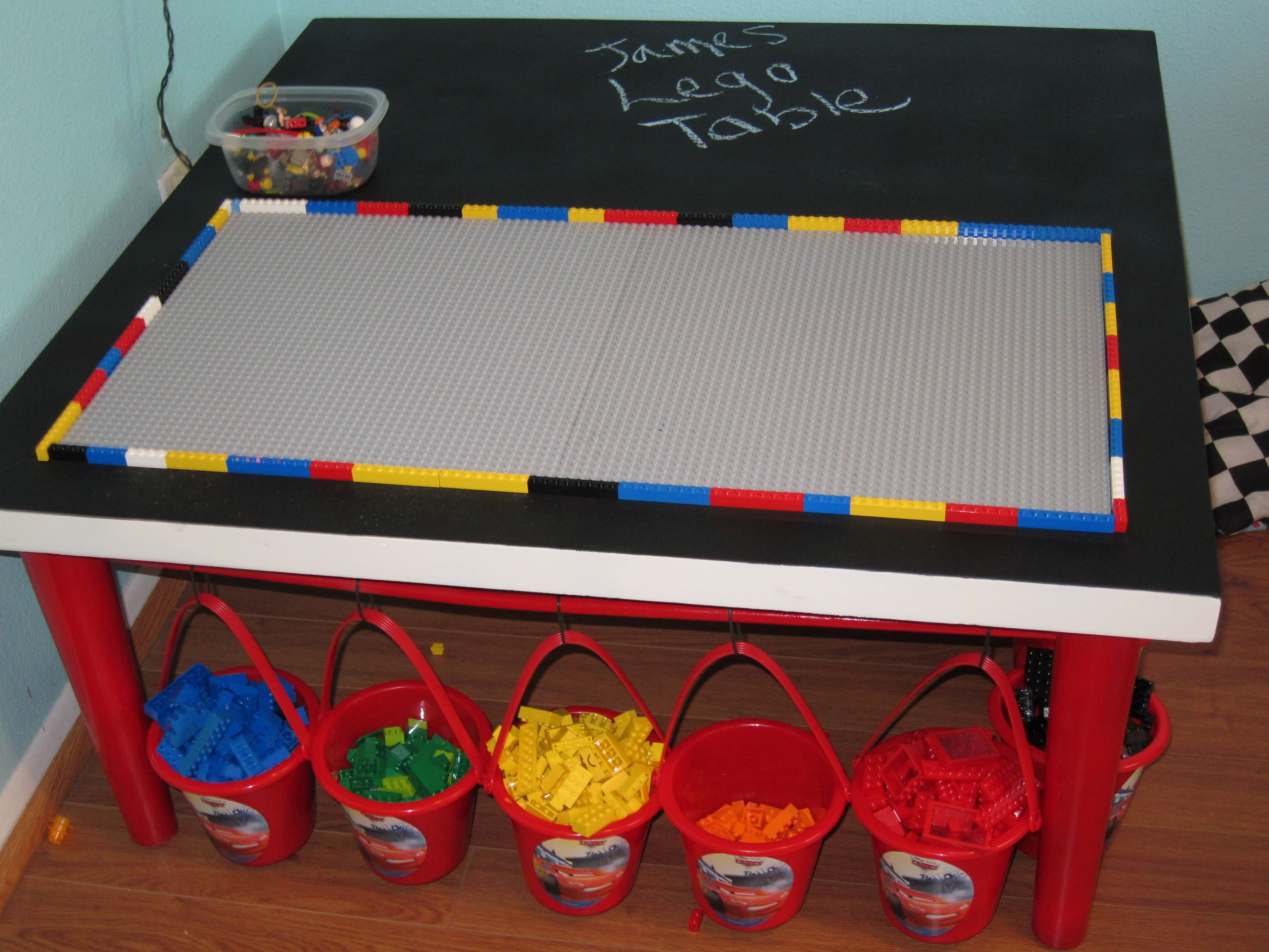 Diy lego coffee table - Diy Coffee Table Into A Lego Table I Easily And Cheaply Turned Our Old Coffee Into A Lego Play And Storage Table Spray Painted The Colors My So
