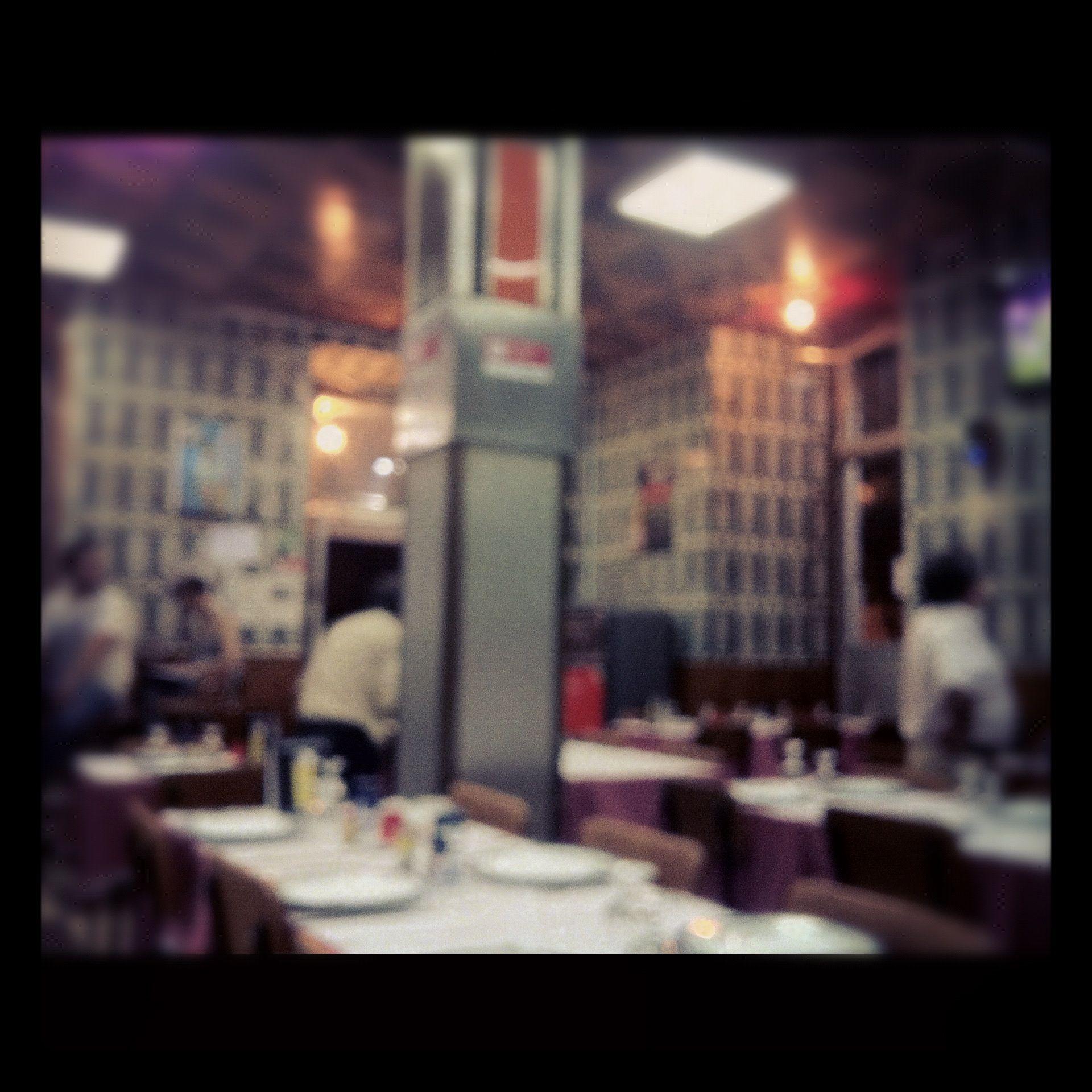 Em um restaurante em Lisboa