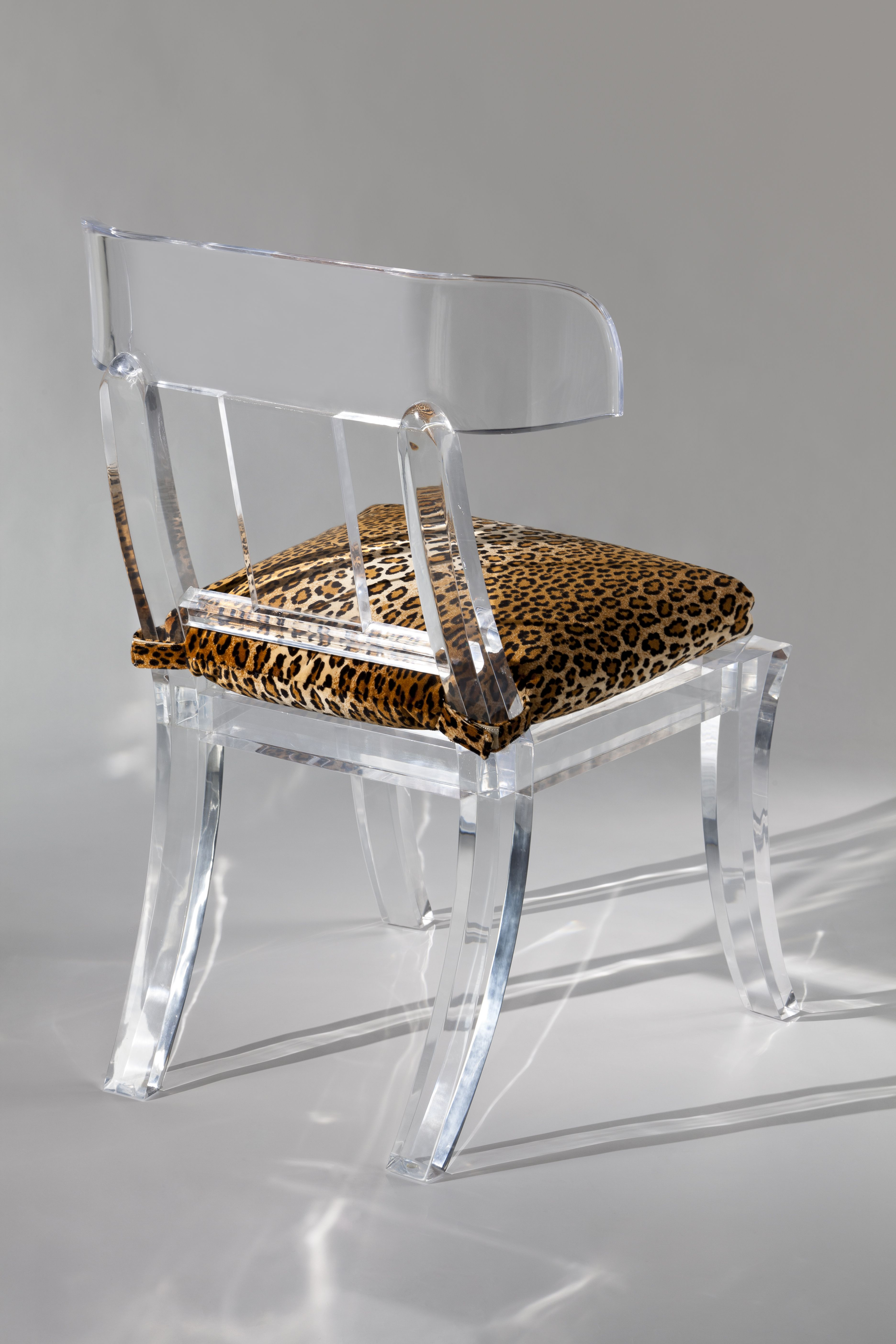 Lucite Furniture (With images) Lucite furniture