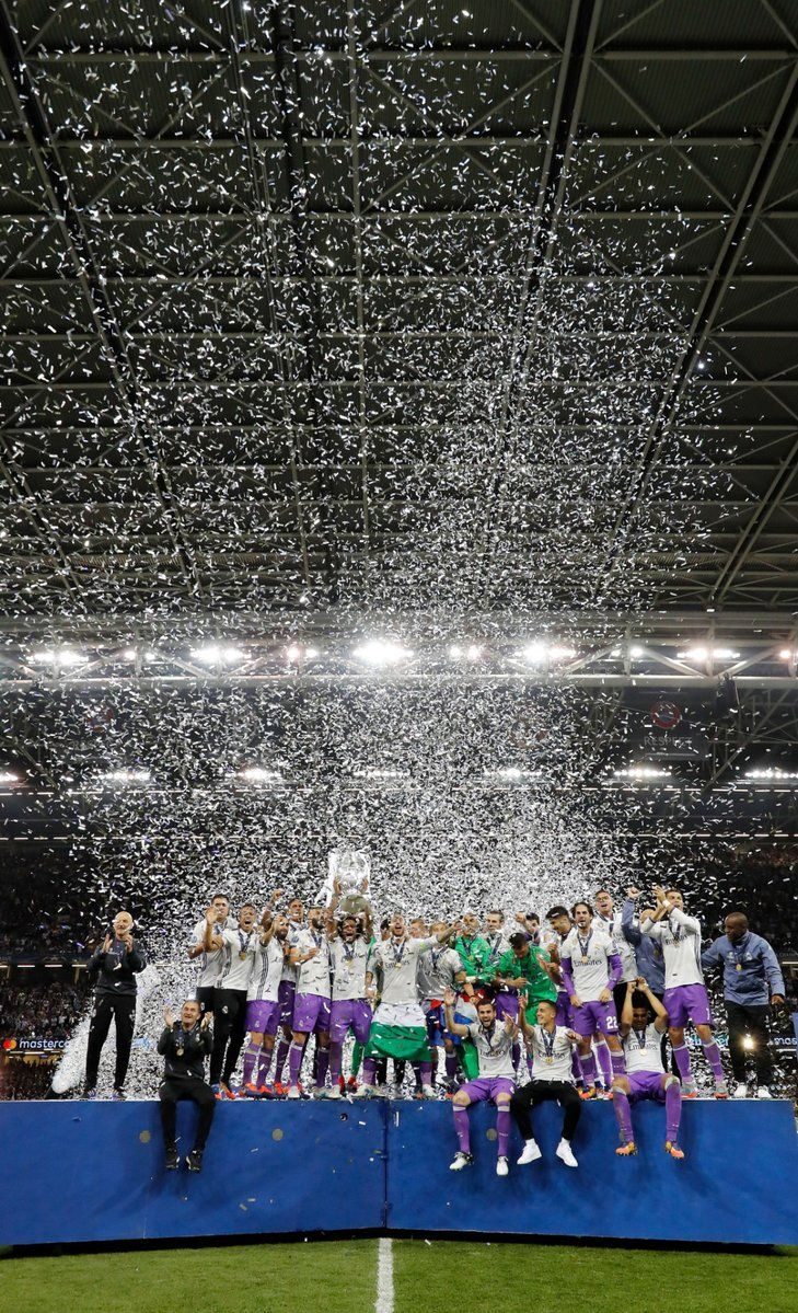 Real Madrid Champions League 12 duodecima Cardiff 2017  74f4156787b99