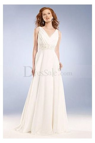 Romantic A-line V-neckline Pleat Wedding Gown