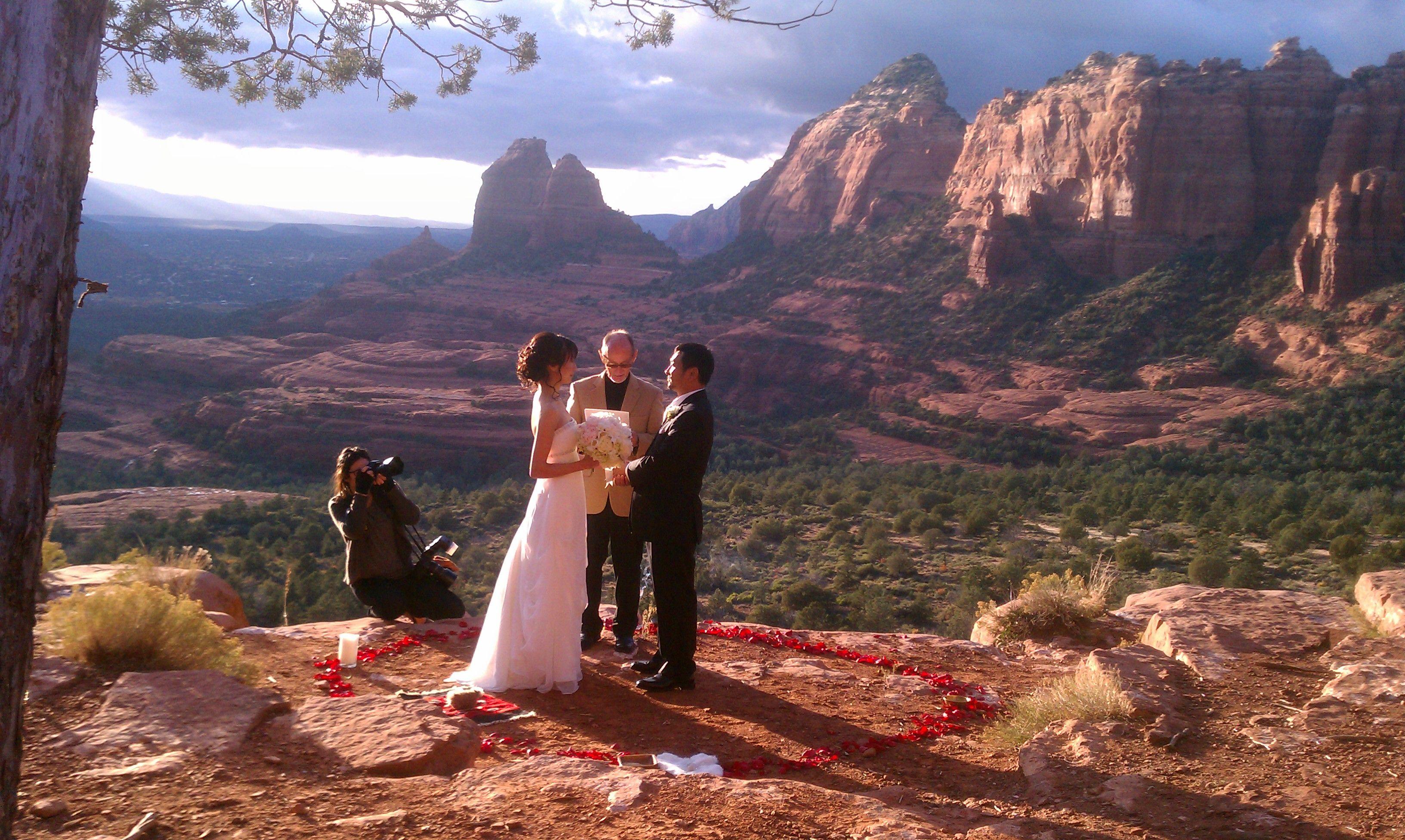 On top of the world sedona wedding wedding and elopement wedding elopements sedona wedding junglespirit Gallery