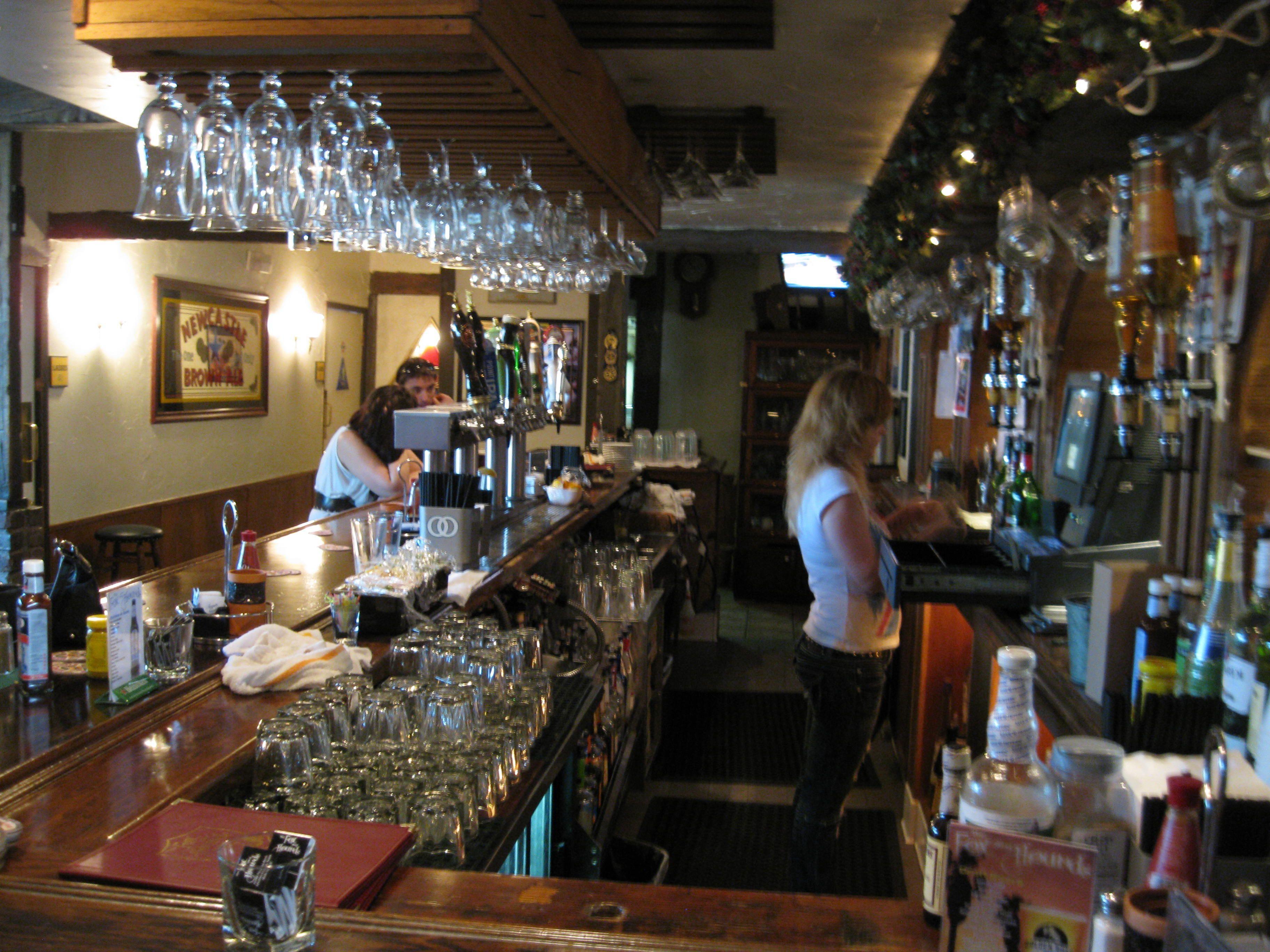 Fox Hounds Pub Studio City The Fox And The Hound Night Life