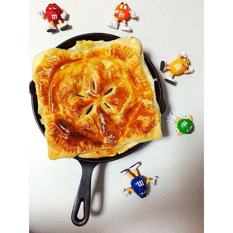 #applepie  #yammy  初めて家で作ったけどなかなかうまく出来た      #スキレット#スキレット料理 #アップルパイ#apple#パイ#pie#mandms#mm#アメリカン#America#American#アメリカ#おいしい#デザート#スイーツ#sweets#アメリカン雑貨#アメ雑
