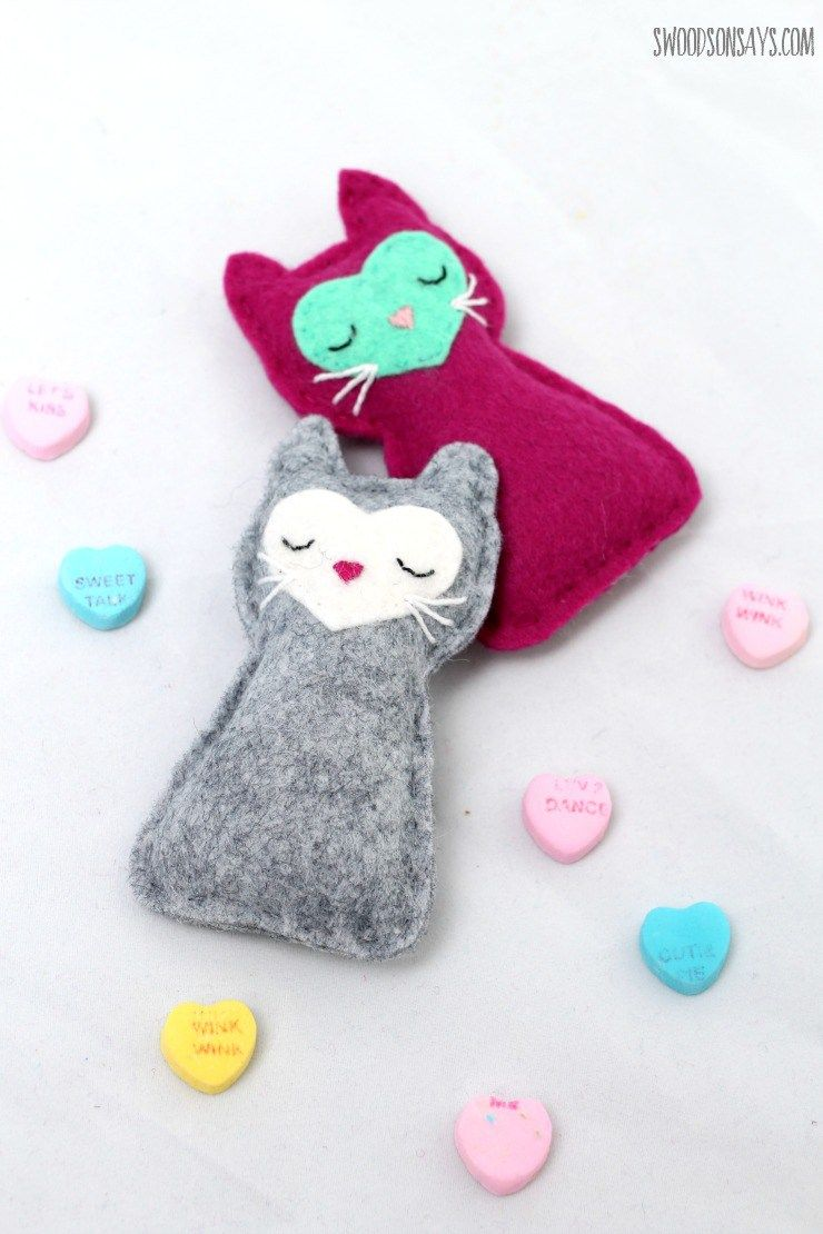 Free Cat Sewing Pattern - Felt Pocket Kitty | Filz-Spielzeuge ...