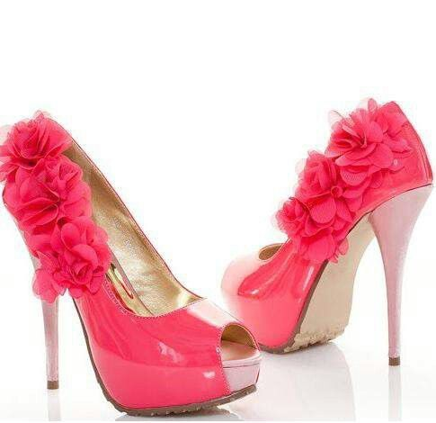 Pink heels with flowers