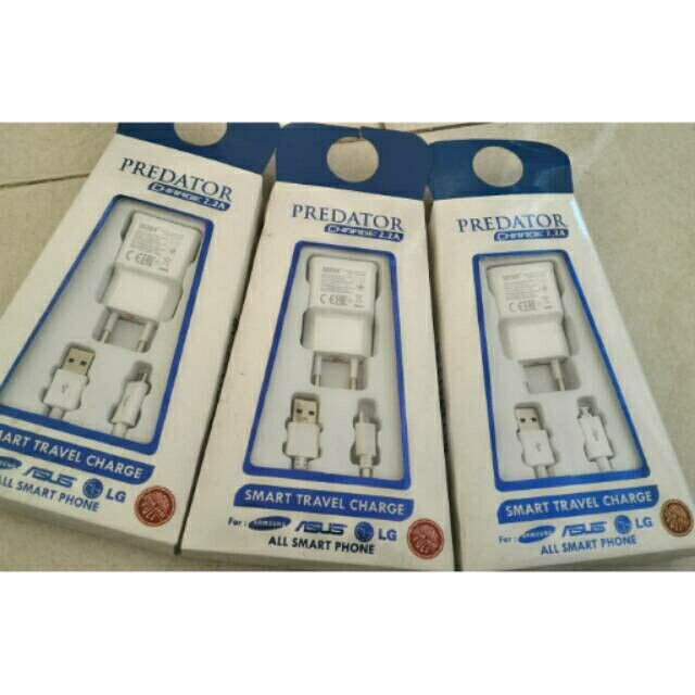 Charger USB 2,2A Produk Duzon