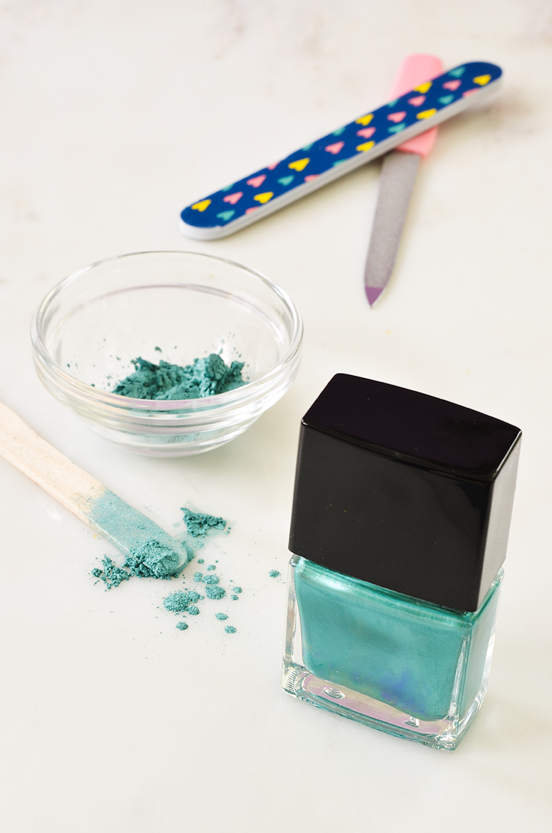 Make Your Own Custom Color Nail Polish (A Beautiful Mess) | Color ...