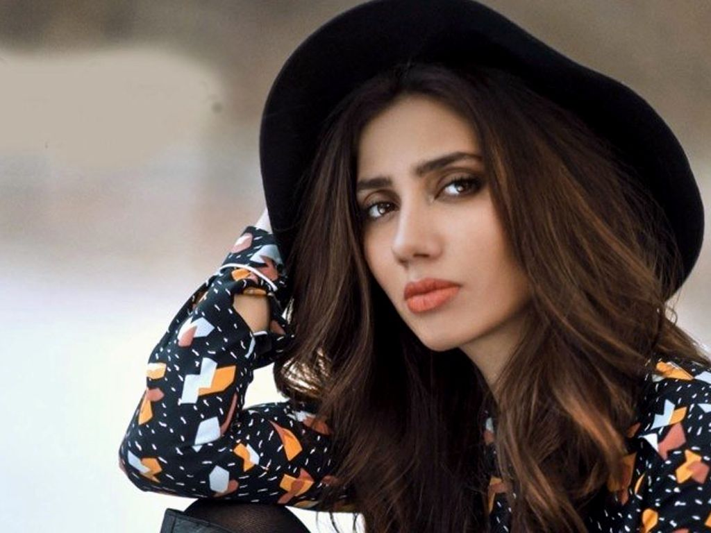 Most Beautiful Muslim Women : Mahira Khan
