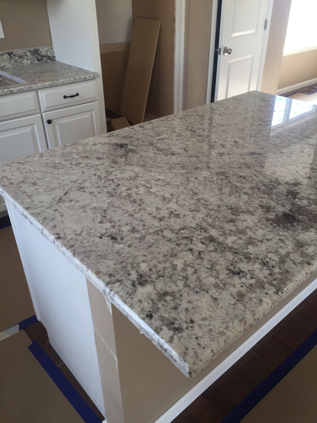 White galaxy granite ideas pictures remodel and decor - Galaxy White Granite Slab
