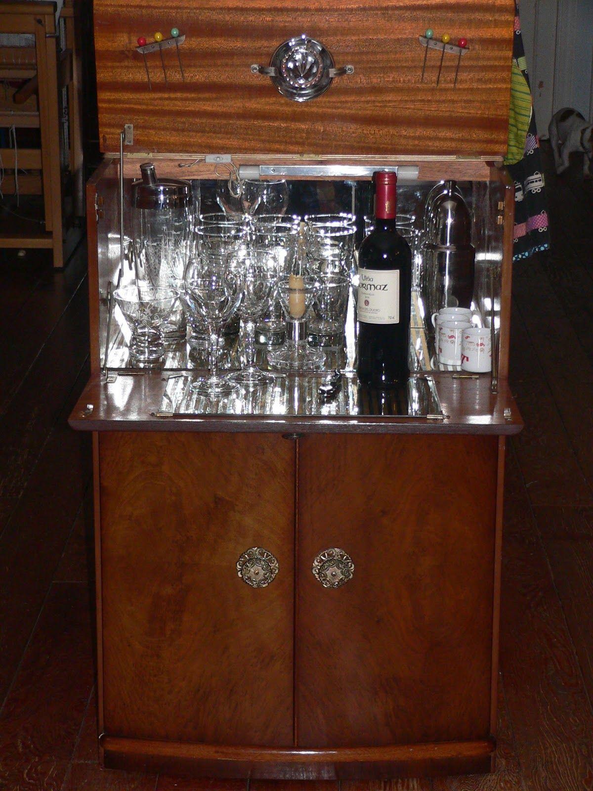 cellarette classic bar cabinet classic bar liquor cabinet rh pinterest com