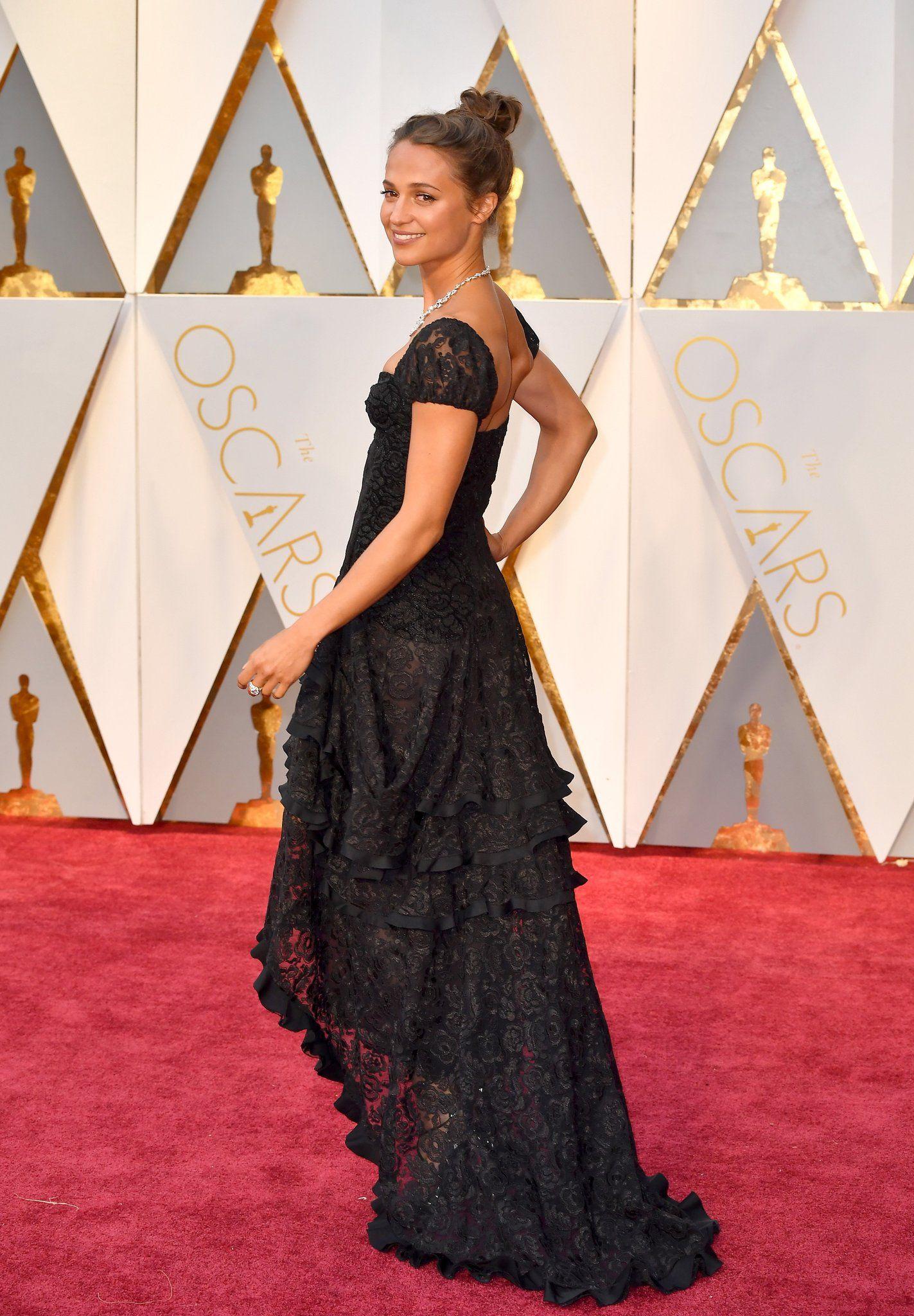 Alicia Vikander Oscar 2017 Red Carpet Arrival Oscars Red Carpet Arrivals 2017 Oscars 2017 Photos Red Carpet Oscars Nice Dresses Dresses