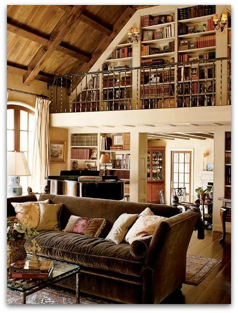 I would love to have a stairway to shelves of books at my house ...