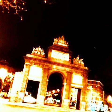 Nocturna Puerta De Toledo De Madrid