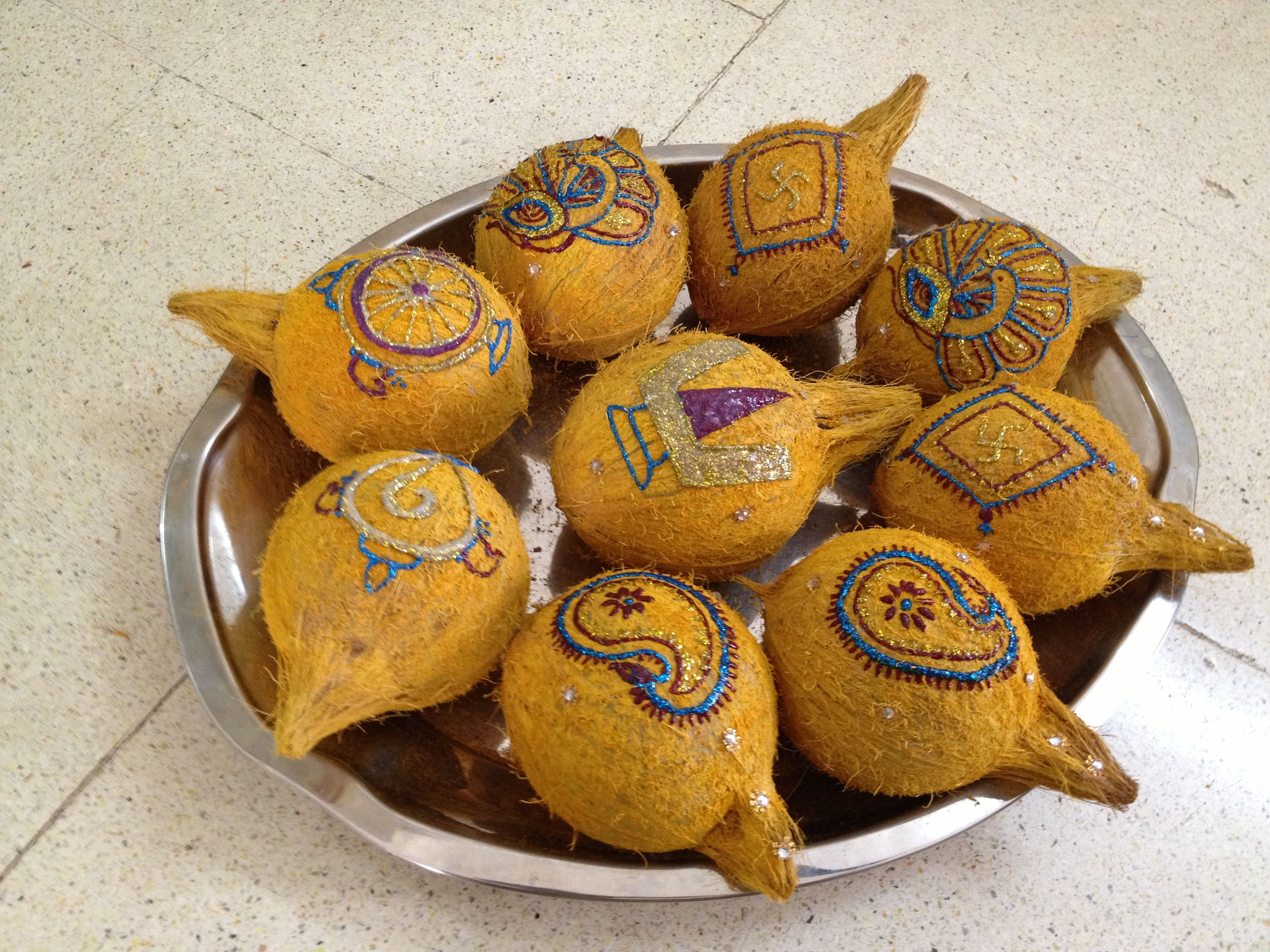 Decorated coconut thambulam | Coconut decoration, Indian ...