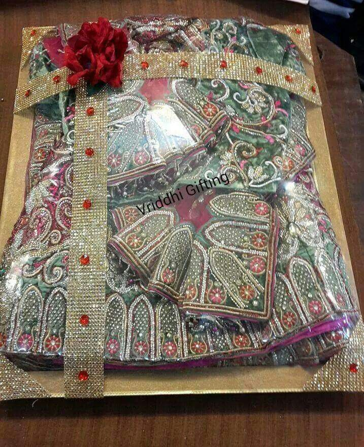 Indian Wedding Gifts Ideas: Indian Wedding Trousseau Gift Packing.