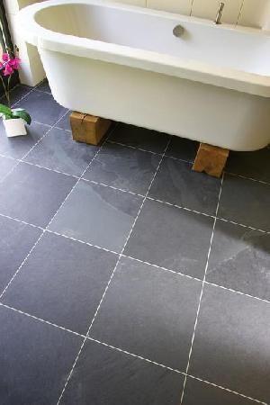 Bathroom Floor Tile Slate 4xpcbdpp Jpg 300 450 Bodenfliesen Bodenbelag Fur Badezimmer Boden