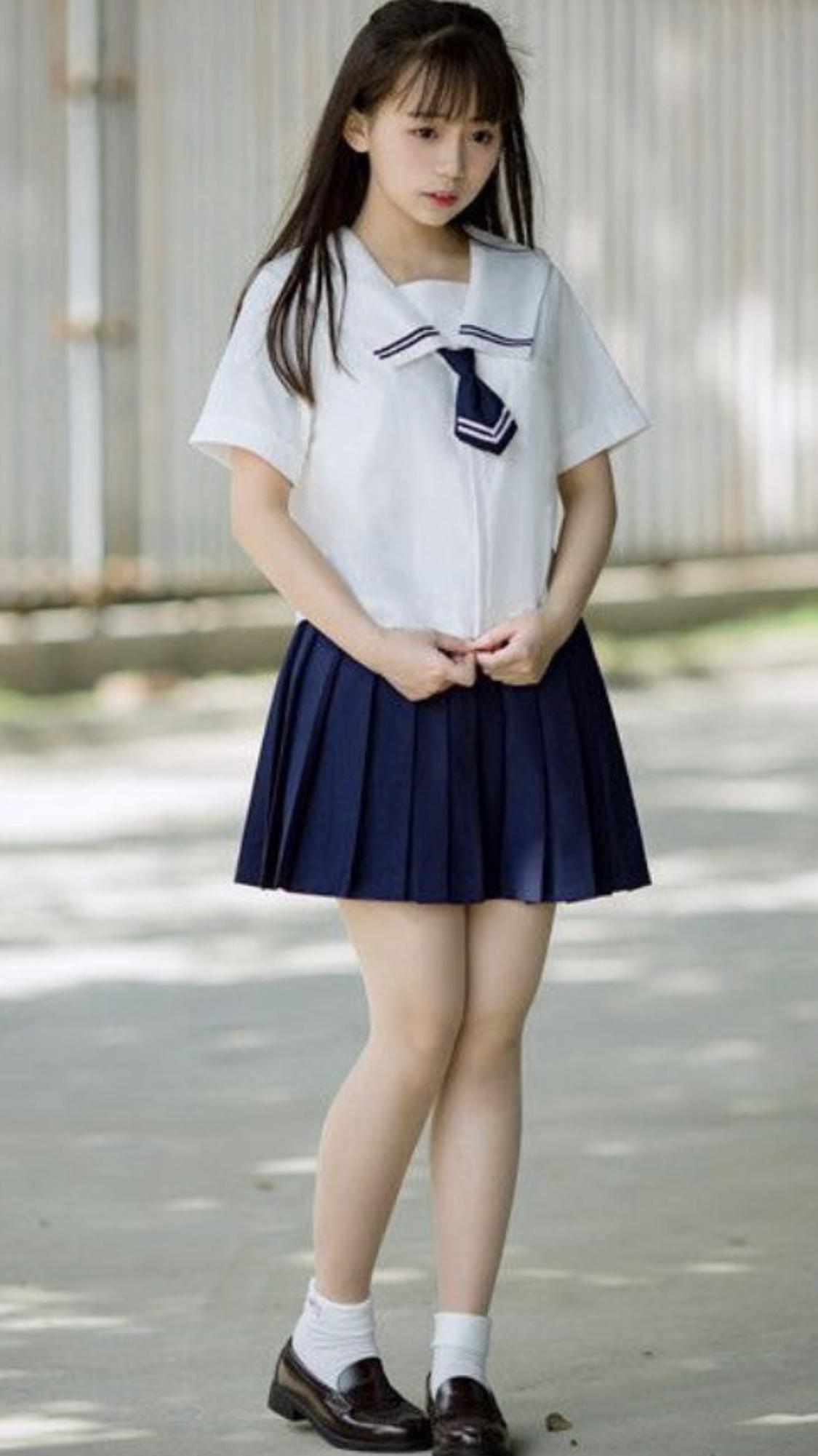 Pretty Japanese Schoolgirl | Good Asian Girl