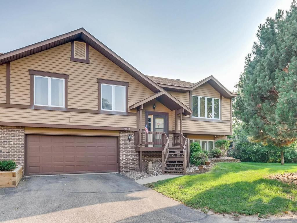 15765 Griffon Path, Apple Valley, MN 55124. 2 bed, 1.5