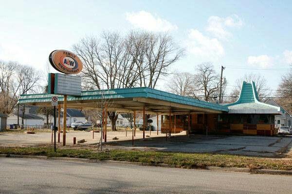Flood Damaged 51 Year Old A W Restaurant Cedar Rapids