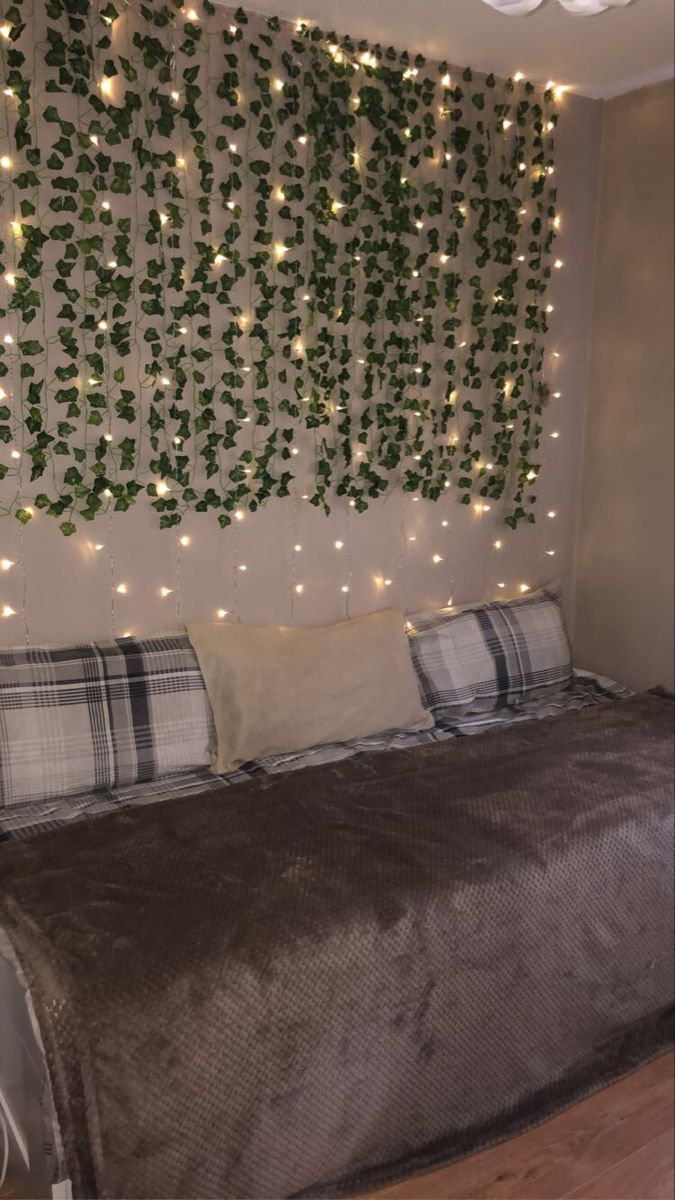 ivy vine wall with curtain fairy lights