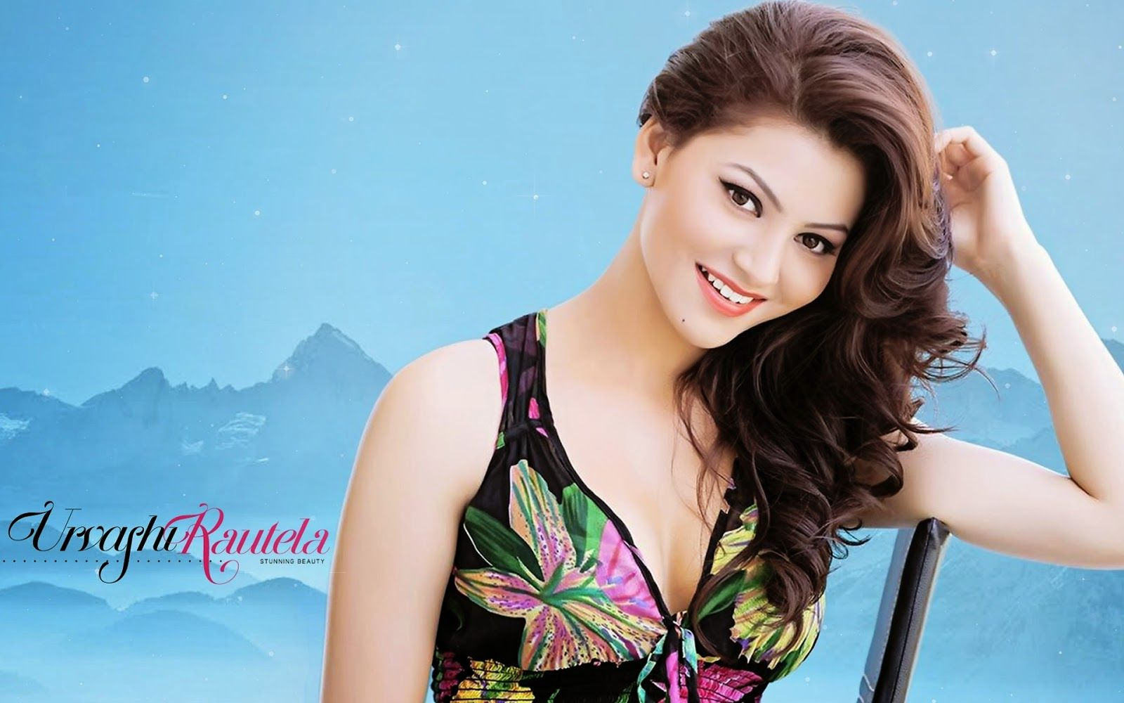 Urvashi Rautela  IMAGES, GIF, ANIMATED GIF, WALLPAPER, STICKER FOR WHATSAPP & FACEBOOK