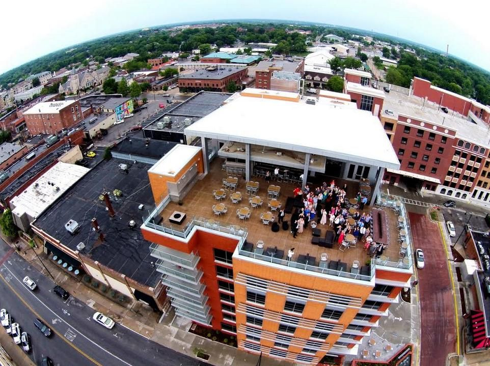 The Roof atop the Broadway Hotel in Columbia MO | Things to