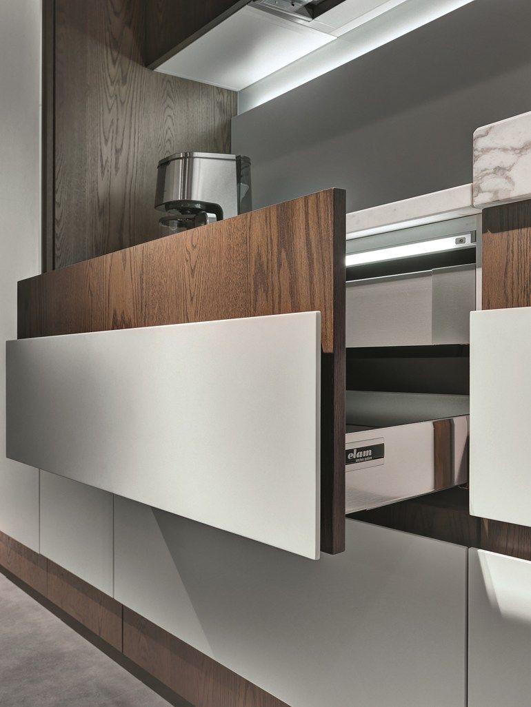 Cozinha Linear Com Puxadores Integrados Opera Cozinha Linear By  # Muebles New Style Villa Tesei