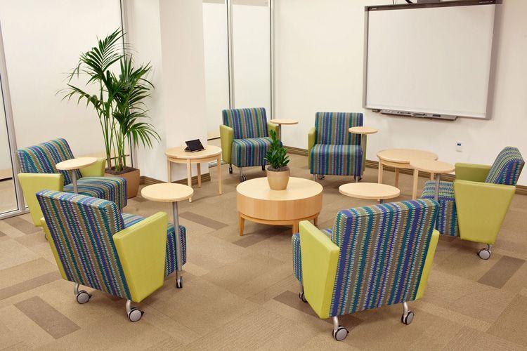 St Joseph 39 S Corporate Office Irvine Roadster Lounge