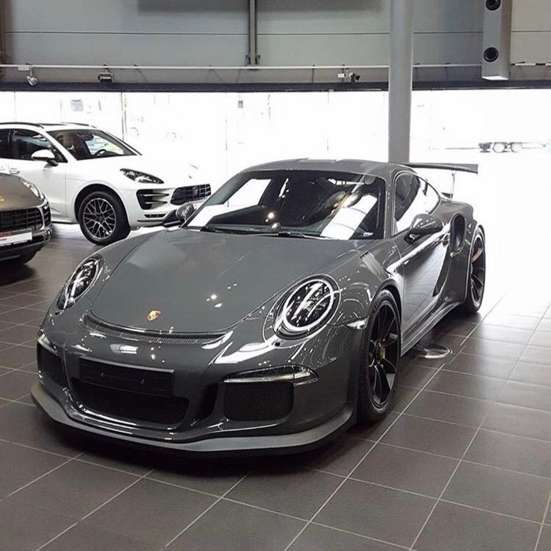Porsche R.S (@porsche_r.s) On