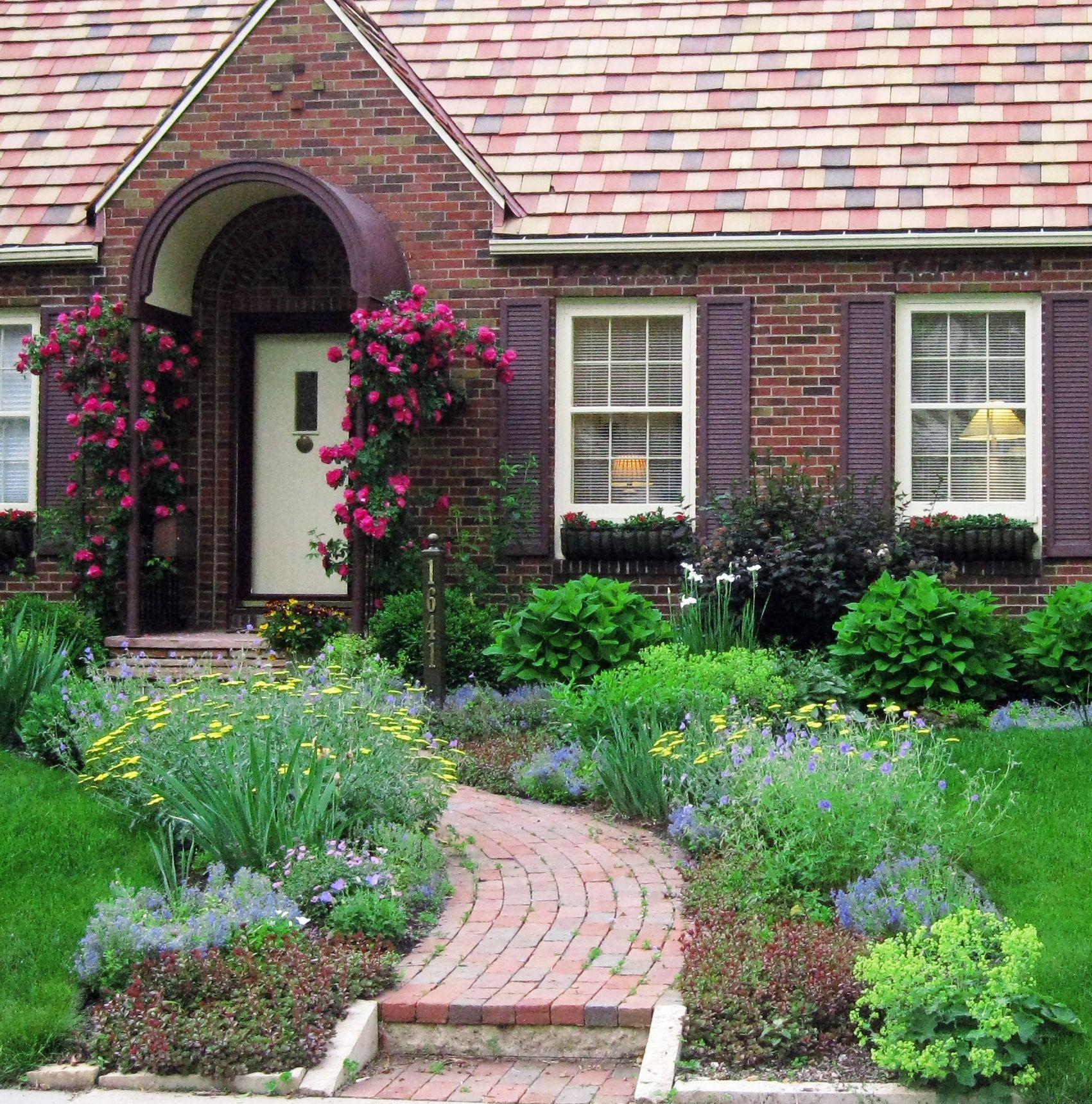 Front Yard Cottage Garden Ideas front yard cottage garden john cabot climbing roses | lori mccabe