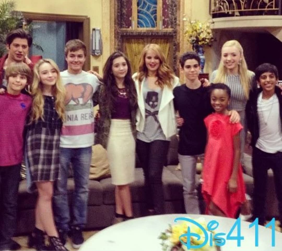 """Disney Jessie ️ on Instagram: """"Der Jessie Cast mit dem Cast von Das Leben & Riley. ��� #jessiecast #daslebenundrileycast #loveit"""""""