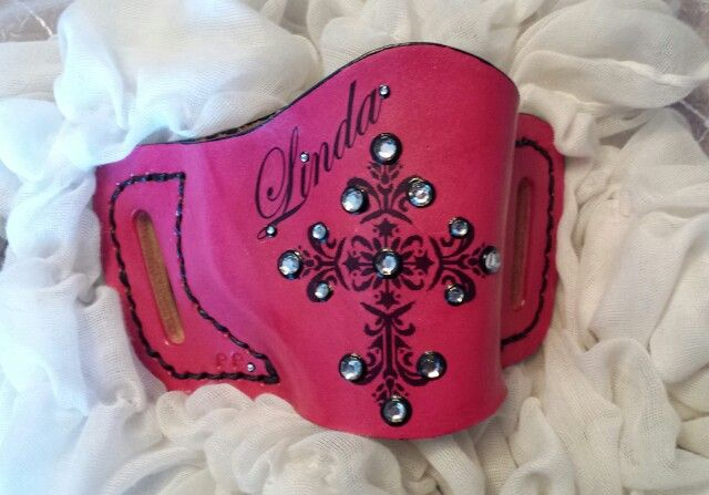 Pink womans ladies gun holster leather by Rinehart Leather at www.rinehartleather.com