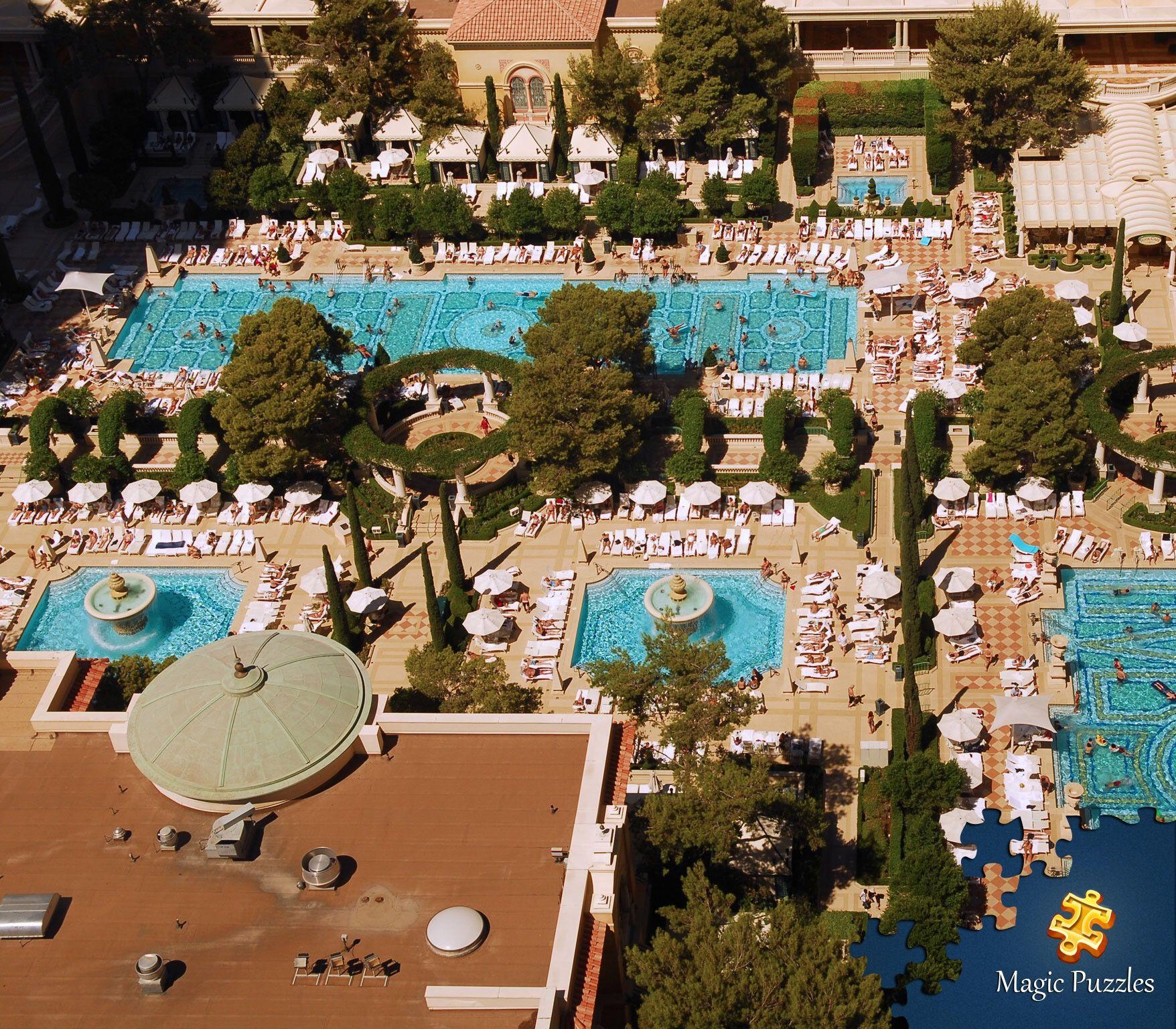 Swimming Pools At The Bellagio Hotel Vegas Pools Best Pools In Vegas Las Vegas Trip