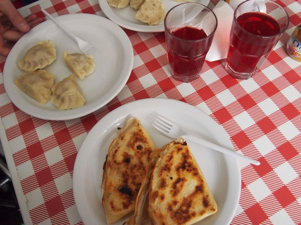 Enjoy An Inexpensive And Traditional Meal Bar Prasowy Warsaw Poland Inexpensive Meals Meals Food Guide